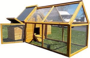 Cocoon Chicken Coop Hen House