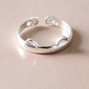 Silver Little Cat Ring Attic