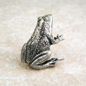 Frog Tie Pin Antiqued Pewter